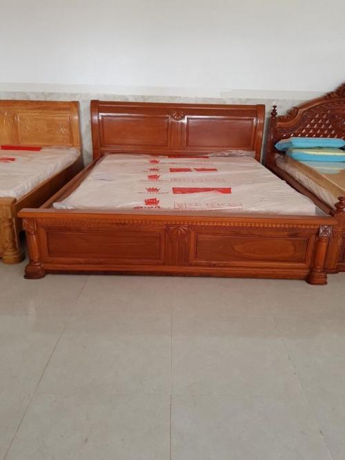 Giường ngủ lọt lòng nệm 1m8 - Giường ngủ